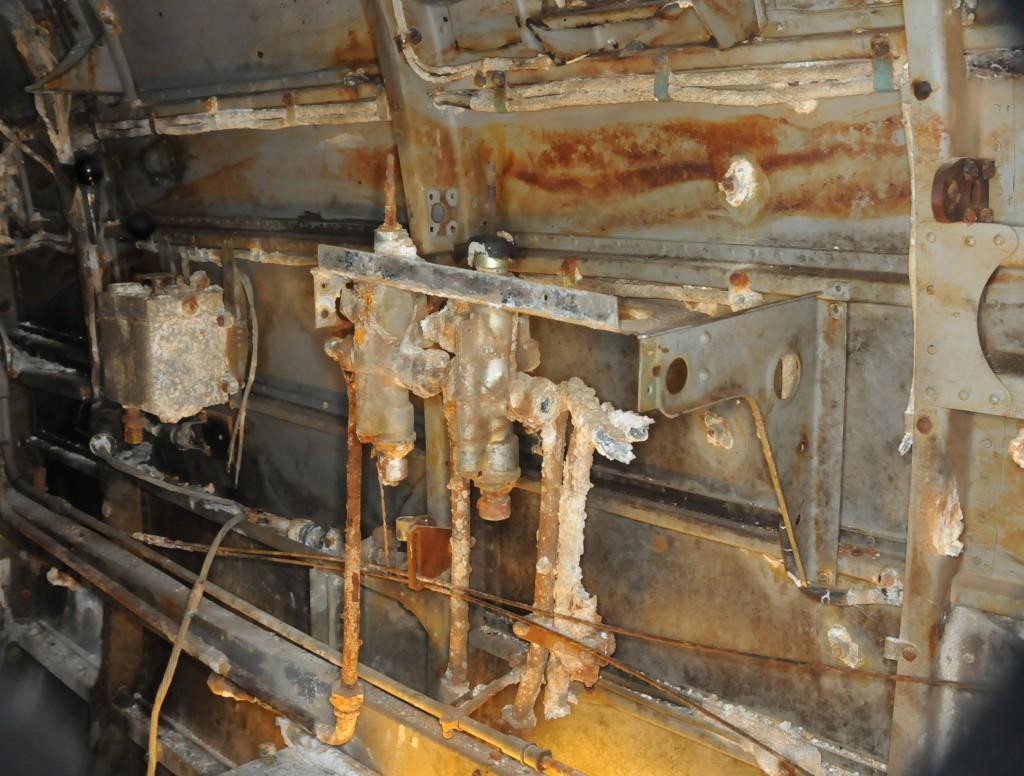 Utstyr for hydraulisk senking eller heving av flap