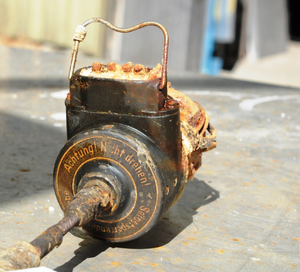 Motor som sto montert rett bak flygerens instrumentpanel