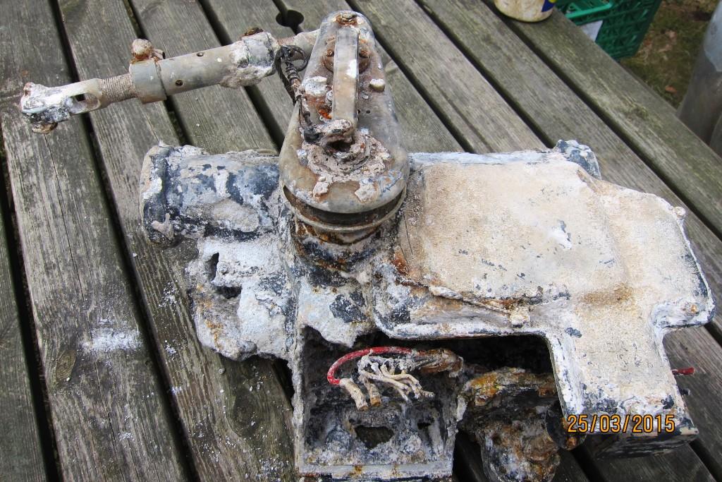Rester av rormaskinen som var montert på babord side inne i tunnelen.
